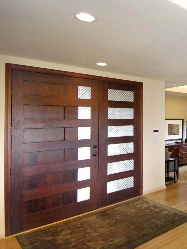 Tips Finishing Pintu Berbahan Kayu