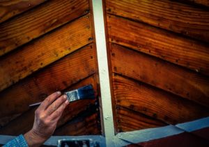 Cara Menggunakan Wood Stain Pada Kayu Yang Telah Di Cat