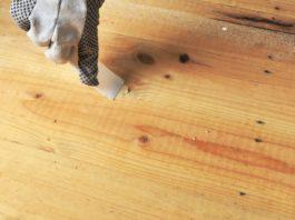 Cara Dempul Kayu Jati dengan Wood Filler Water Based